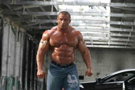 mariusz pudzianowski s deadlift workout get strongman built