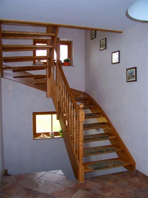 geländer fenster absturzsicherung idee treppe fenster