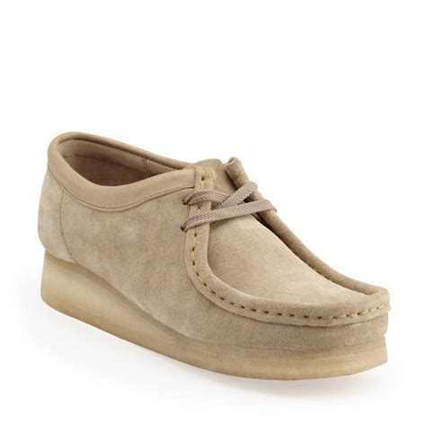 clarks womens wallabee shoes