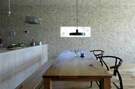 Minimalist Japanese Dining Room Furniture Japanese Style Dining Room With A Simple Wooden Table And
