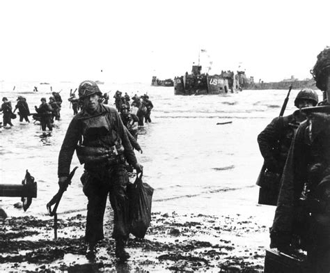 d day beach assault troops 1472819462 file normandy 1 jpg wikimedia commons