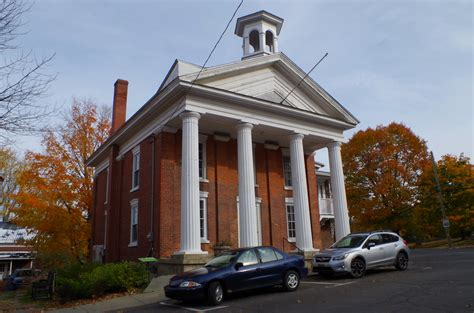 bedford lac brome knowlton  courthouses