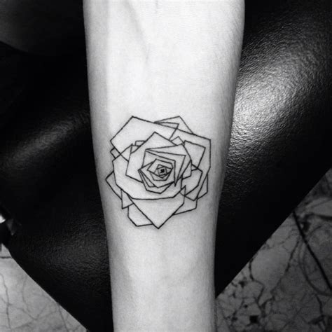 geometric tattoo california best 25 geometric rose tattoo ideas on pinterest