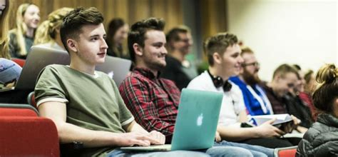 Mba Programs For Students Right Out Of Undergrad by Associate Students Ulster