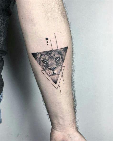 geometric tattoo artists nyc eva krbdk at bang bang nyc triangle lion tattoo with