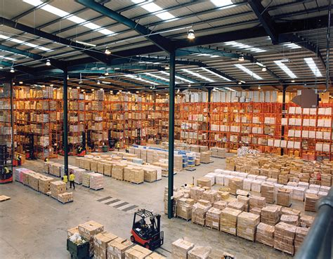 File:Modern warehouse with pallet rack storage system
