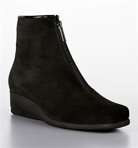 la canadienne sharlina zip up suede wedge ankle boots in