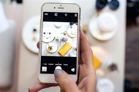 blogger on iphone 5 tips for a color themed instagram feed justlikesushi com