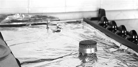 pulire piano cottura vetro come pulire il piano cottura in acciaio inox vetro o a
