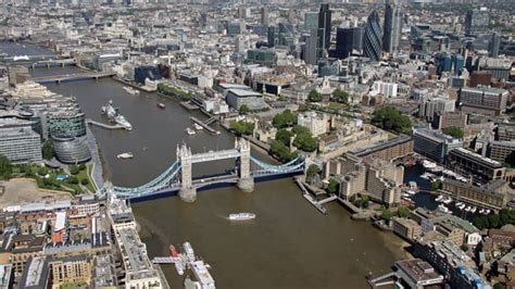 thames river history pollution the thames is pumping london s plastic pollution out into
