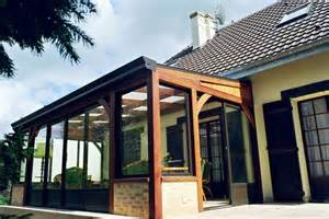 veranda bois avantages et inconv 233 nients de la veranda en