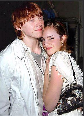 emma watson and rupert grint engaged super hollywood rupert grint with his girlfriend emma