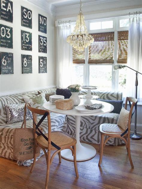 breakfast nook art cozy breakfast nooks hgtv design blog design happens