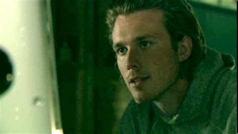The L Of The photos of eric lively