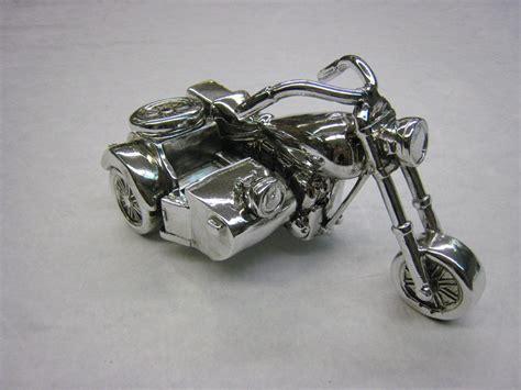 Deko Motorrad Mit Beiwagen by Deko Skulptur Motorrad Mit Beiwagen In Silberoptik