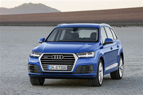 audi q7 second generation 7 seater suv debuts image 336984