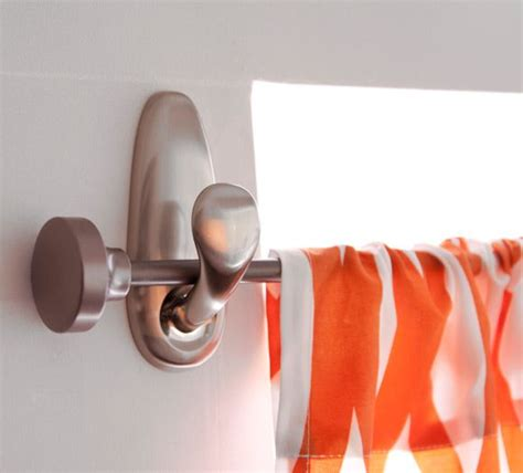 Command Hook Curtains Hang Curtain Rod With Command Hooks How To S And Tips