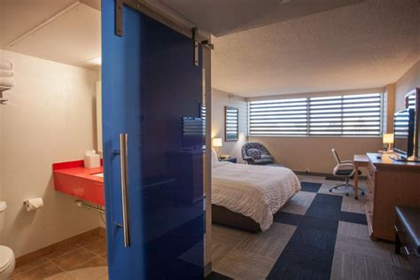 Rapid Rooms by Rapid City Hotel Deluxe Rooms 161 Jpg The Rushmore Hotel