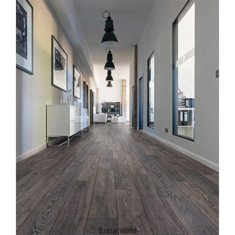 ashdown oak effect laminate flooring  home bm