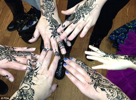 reaction to henna tattoo fda warns about dangers of temporary henna