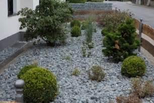 Vorgarten Gestalten Mit Kies Und Grasern Vorgarten Gestalten Kies Gartens Max
