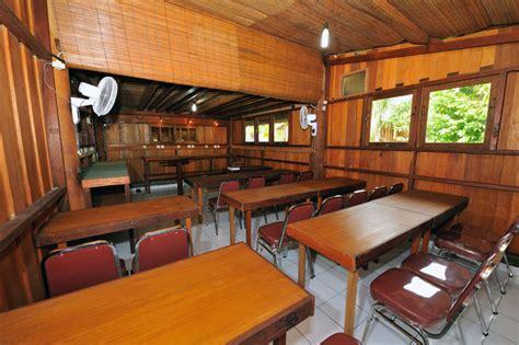 Paket Wisata Ke Raja At Doyan Jalan paket wisata akomodasi raja at dive lodge