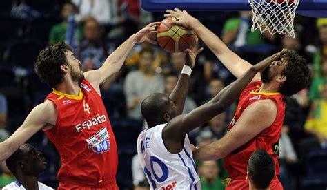 imagenes emotivas de basquet granada acoger 225 los partidos de espa 241 a en la primera fase