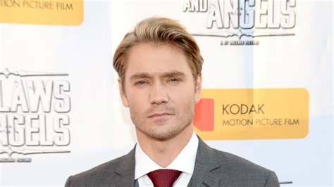 american drifter a thriller exclusive chad michael murray on writing upcoming novel