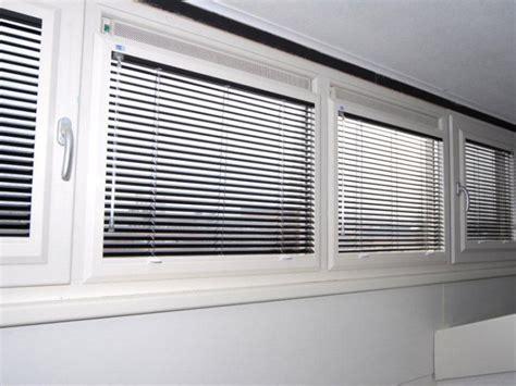 houten jaloezie utrecht raamdecoratie speciaal voor uw kunststof kozijnen ploeg