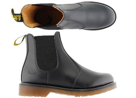 most comfortable chelsea boots best 25 doc martens chelsea boot ideas on pinterest dr