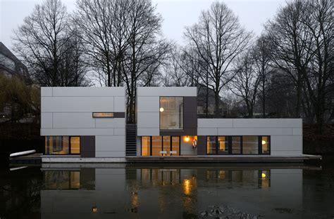 Hamburger Hausboote by Hausboot Am Eilbekkanal Hamburg Dfz Architekten