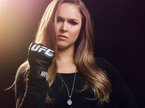 top 10 beautiful mma female fighters the hottest and deadliest female ufc fighters
