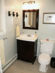 Small Bathroom Ideas On A Budget by Remodeling A Small Bathroom On A Budget 2017 Grasscloth
