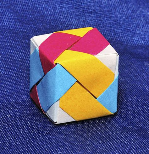 How To Make A Paper Moving Cube - cube origami paper 171 embroidery origami