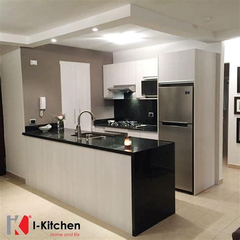 Black Modern Dining Room Sets Espectacular Cocina Moderna Con Pantalla Y Cascada De