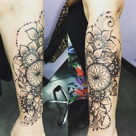 dreamcatcher garter tattoo beautiful floral dream catcher tattoo venice tattoo art