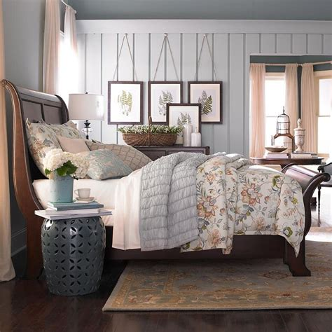 bedrooms with sleigh beds best 20 sleigh beds ideas on pinterest sleigh bed painted sleigh bed frame and