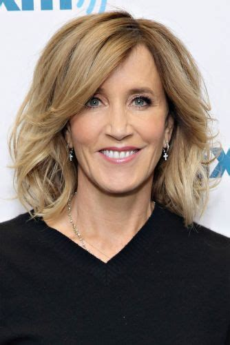 bangs shoulder length hair older women 13 felicity huffman hairstyles long medium bob haircuts