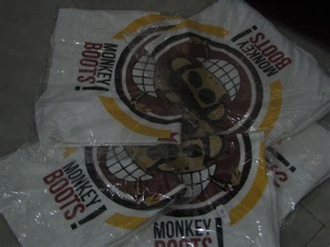 Kaos Distro Si Miami Big 3 kaos monkey boots only 75 000
