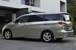 Which Is Better Toyota Or Nissan 2015 Toyota Vs 2015 Nissan Quest Which Is Better