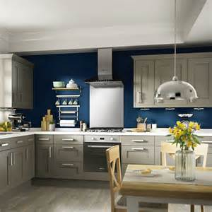 kitchens no 1 kitchen retailer in the uk diy at b amp q carisbrooke ivory framed kitchen b holiday hideaway