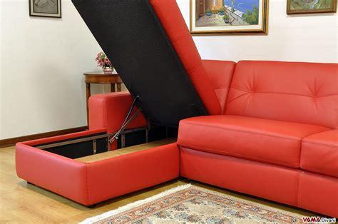 divani letto angolari con contenitore divano angolare con letto matrimoniale e penisola contenitore