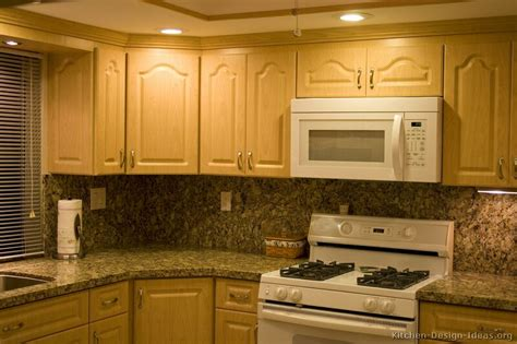 Pictures Of Kitchens Traditional Light Wood Kitchen Kitchen Cabinets Light Wood