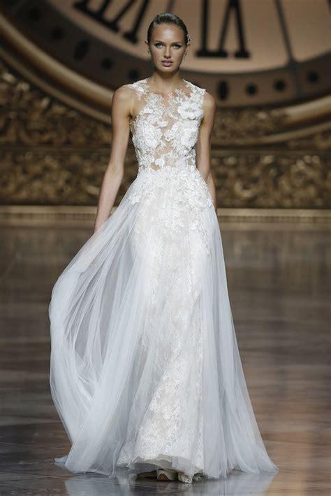 pronovias pronovias sizi gelinlik ve kokteyl barcelona bridal week pronovias wedding dress collection