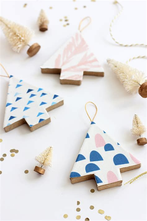 diy tree decorations and loisdiy fabric covered tree ornaments