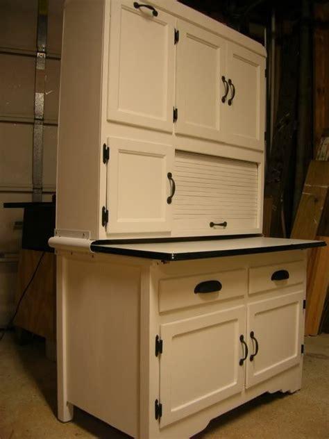 kitchen hoosier cabinet 526 best kitchen hoosier cabinets images on pinterest