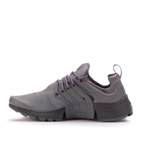 Sepatu Nike Presto Utility Low Grey nike air presto low utility grey 862749 002
