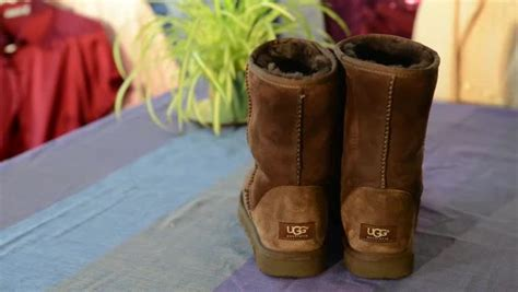7 Ways To Spot Uggs by How To Tell Genuine Ugg Tags Ehow