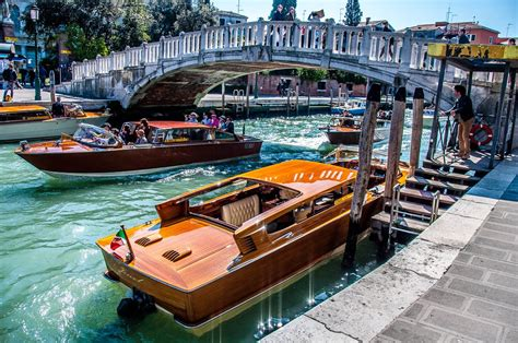 what are the boats in venice called venice italy 15 types of boats you can only see in la