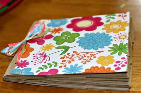 How To Make A Scrapbook With Paper - make a paper lunch bag photo album diy craft this